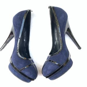 Yves Saint Laurent YSL Suede Patent Leather 37
